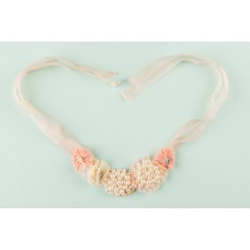 Necklace pearls flower peach